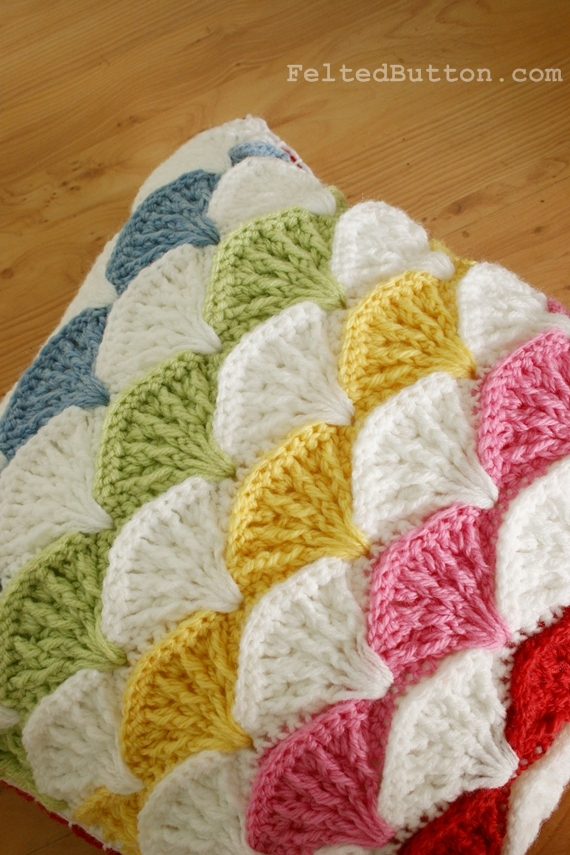 Paintbrush Pillow crochet pattern by Susan Carlson of Felted Button