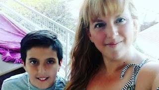 Kanserden Annesini Kaybeden Çocuğa Yapılanlar