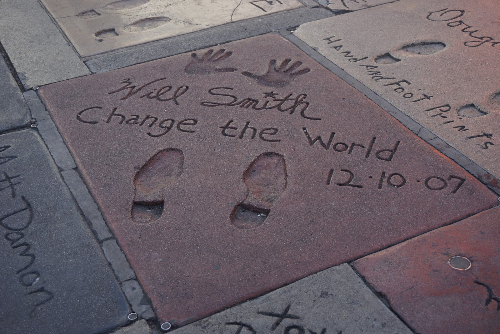 Walk of fame will smith hands & feet