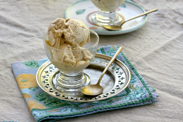 Double Ginger Caramel No-Churn Ice Cream: An easy no-churn recipe that combines the lovely flavours of powdered and candied ginger with a rich caramel sauce.