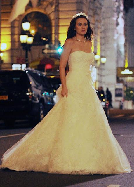 Gossip Girl Serena Van Der Woodsen Wedding Dress ✓ Labzada T Shirt