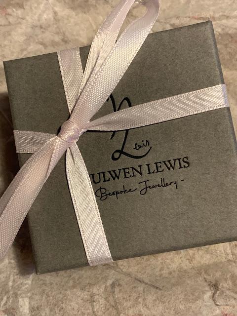 Heulwen Lewis bespoke jewellery