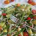 Letnia sałatka z młodymi ziemniakami i  zielonymi szparagami
