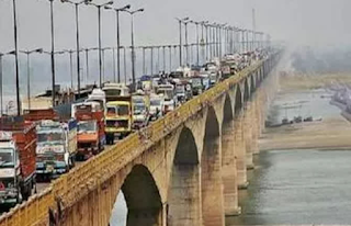 gandhi-setu-with-heavy-vhacle