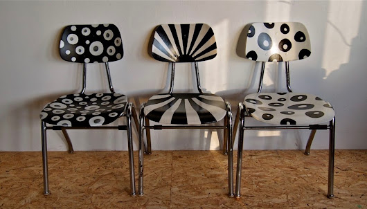 UPCYCLING - BLACK & WHITE