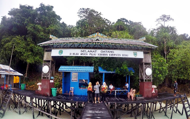 Objek wisata Pulau Kakakban di Kepulauan Derawan