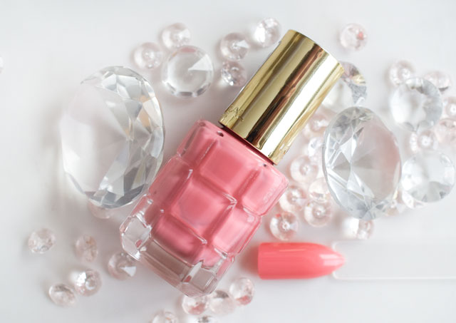 L'Oréal Color Riche Le Vernis Öl-Nagellack 222 Jardin de roses