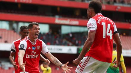 Arsenal Make Glorious Return to the Emirates