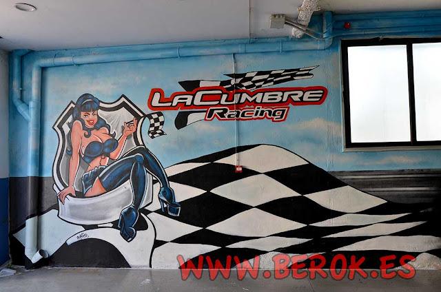 Decoración con graffitis de taller mecánico de coches
