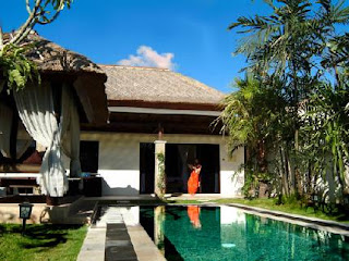 HHRMA - IT STAFF at Dreamland Villa Bali