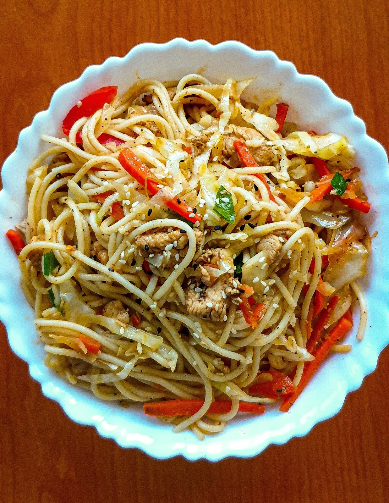 stir fried chicken and veggies spaghetti