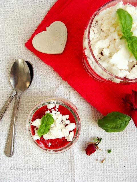deser jogurtowy z bezami