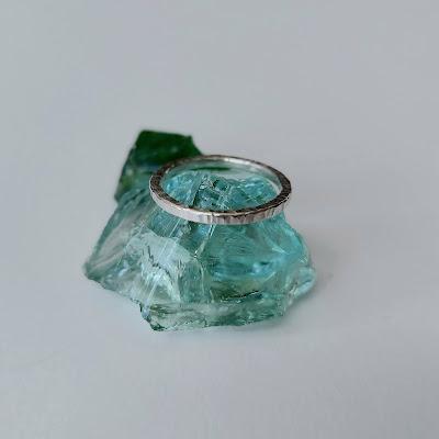 Väre-hopeasormus sormus hopeasormus taottu sormus