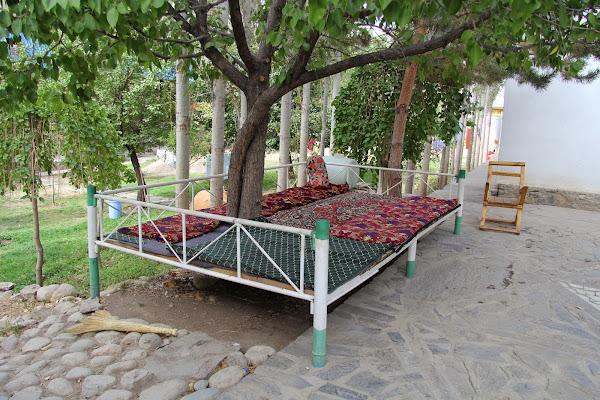 Tadjikistan, Haut-Badakhshan, Khorog, tapshan, tapchane, © L. Gigout, 2012