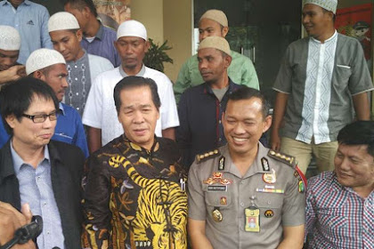 Pentolan FPI: Anton Medan Berhenti Tebar Sensasi, Apalagi Sampai Ajukan Hukum Rimba Terkait Demo 4 November !!