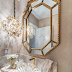Lavabo clássico fendi e dourado com bancada em ônix iluminado e cuba de murano!