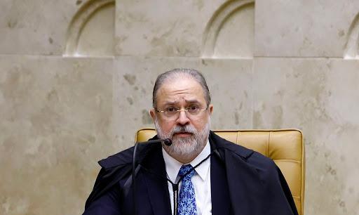 Aras pede ao STF inquérito para investigar acusações de Moro contra Bolsonaro
