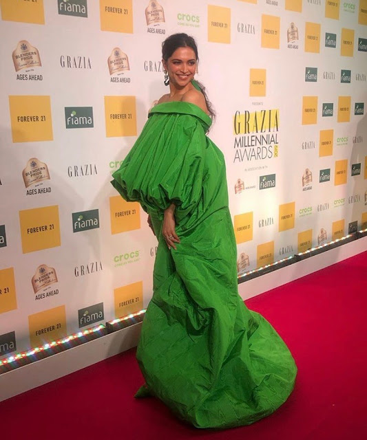 Deepika padukone spooted with Crocs at Grazia Millennial Award 2019