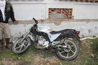 Jovem de 15 anos perde controle da moto, bate em muro e morre, no bairro Areal em Chapadinha