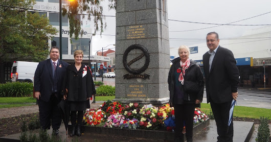 Lemnos Committee and Battle of Crete & Greece Council take part in Oakleigh Dawn Service