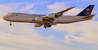 حقائق عن الطائرة الجامبو بوينغ 744(747-400)