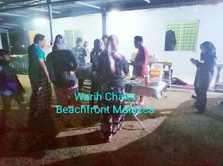 Warih-Chalet-Keluarga-Tn-Mazlan-Sedang-BBQ