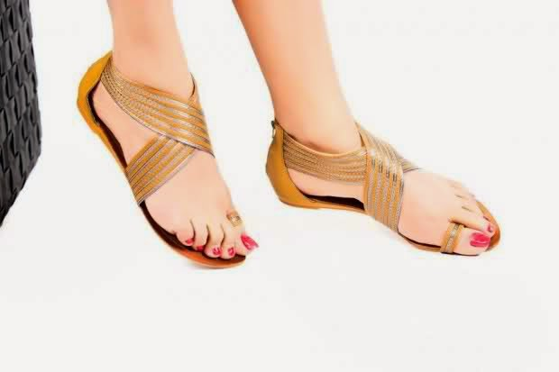 The perfect office flats? Check. Stylish and comfortable heeled sandals? Check. No matter where you work, summer is just around the corner, and that means it's time to refresh your work wardrobe. With this is mind, we think one of the best and most affordable ways to elevate your summer work style.