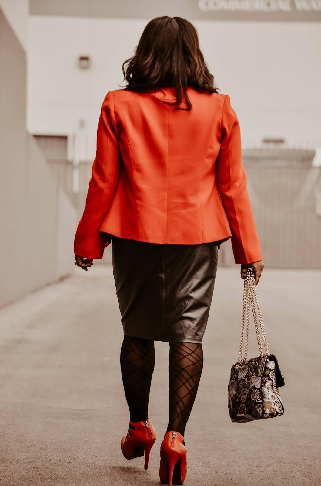 red-fendi-jacket-blazer-leather-skirt-stevemadden-floral-brocade-bag-heels-red-pumps-desert-photoshoot