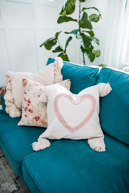 How to make a crochet chain heart pillow.