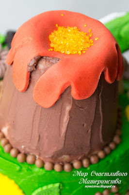 декор торта вулкан