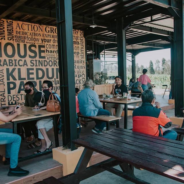Cafe Kledung Park Temanggung