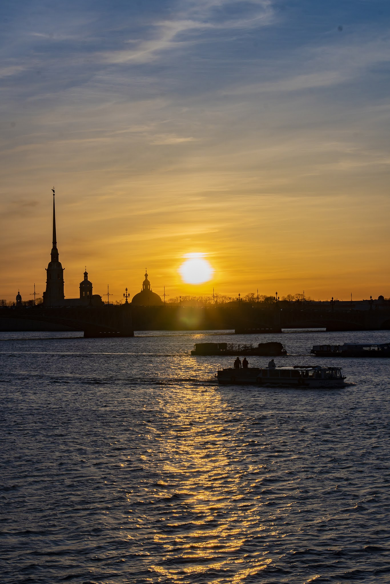 Photo by Igor Novik St. Petersburg Neva sunset sky river sun ships