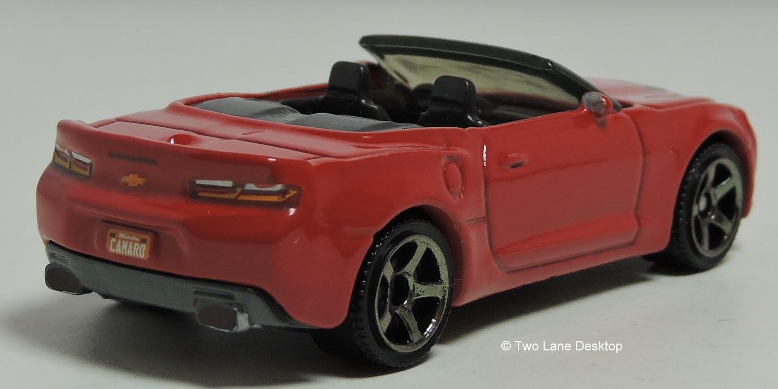 two lane desktop matchbox and greenlight 2016 chevrolet camaro ss convertible s. Black Bedroom Furniture Sets. Home Design Ideas