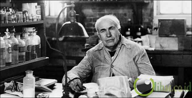 Thomas Edison Menyetrum Gajah