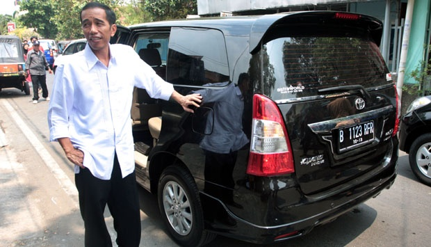 Salim Said: Jokowi Korban Debt Collector