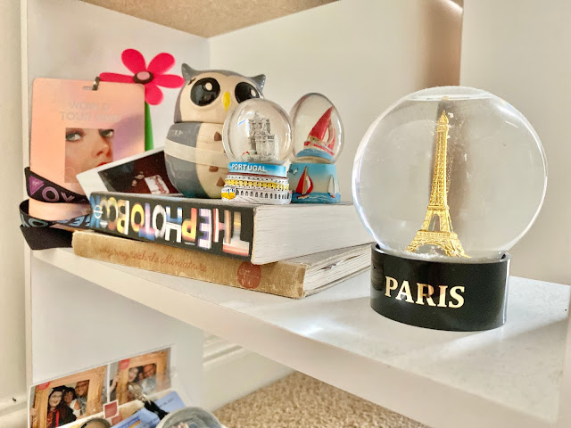 The story behind Snowglobes in Hot Countries