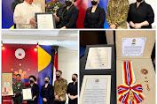 Sinyo Harry Sarudajang dianugerahi Tanda Jasa Sikatuna Rank of Datu (Gold Distinction) Dari Presiden Duterte