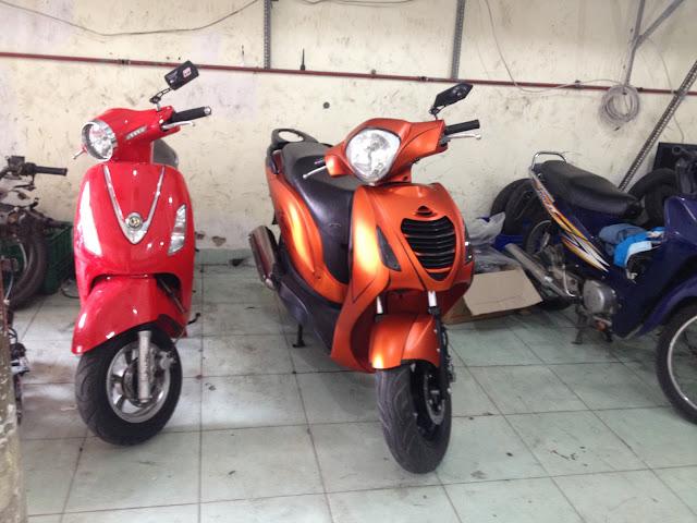 Honda Ps sơn màu cam nhám