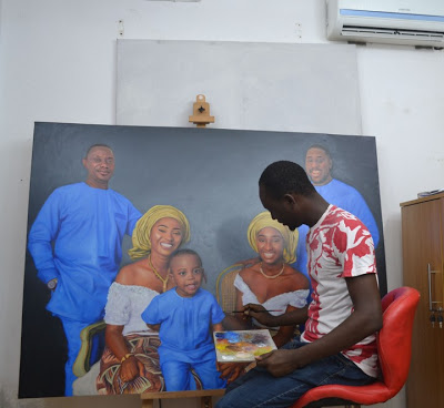 See How This Talented Guy Painted A Beautiful Family (Photos)
