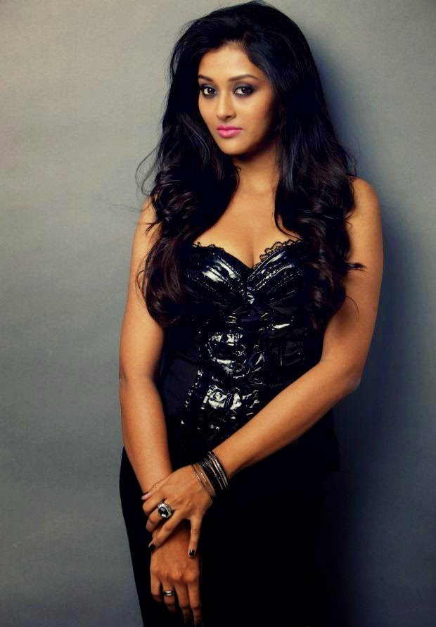 Pooja Jhaveri Latest photos