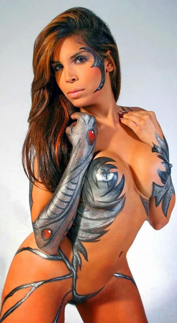 bodtpaint gostosa sexy nerd fap pintura corporal nerdingow