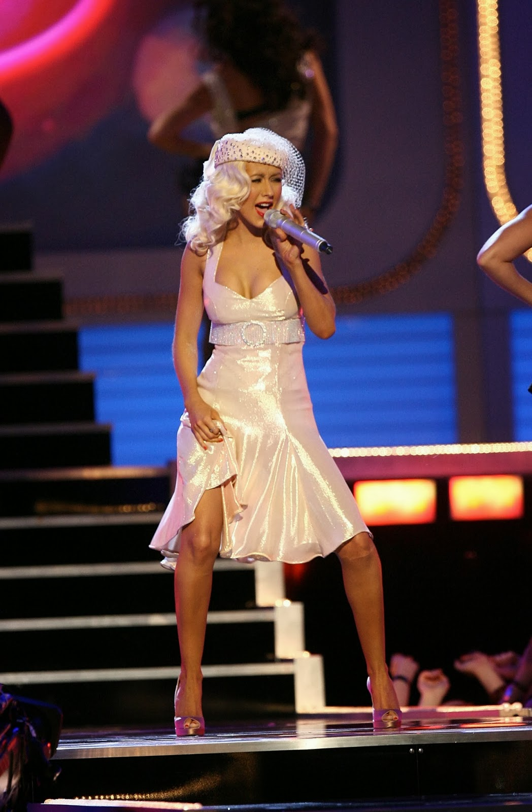 Live On Stage Christina Aguilera Onstage At 2006 Mtv