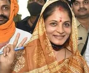 श्रीकला सिंह को जीत दिलाने के लिए एमएलसी प्रिंसू कर रहे हैं प्रचार    #NayaSaberaNetwork