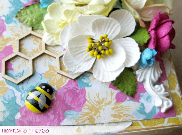 Цветы, чипборд, пчелка