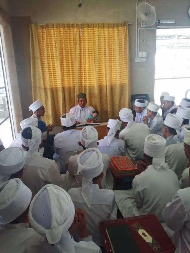 MIM SEGAMAT : Muhammad Irfan Bin Ibrahim Selesai Hafazan 30 Juzuk