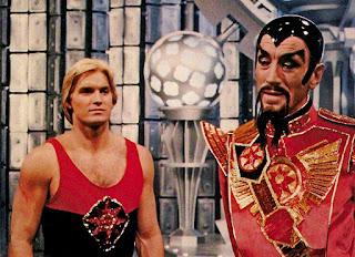 Sam J. Jones y Max von Sydow en Flash Gordon