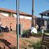Motociclista sofre acidente no bairro Jardim Primavera após cair em buraco e é encaminhado à hospital; Moradores reclamam de buraqueira nas ruas
