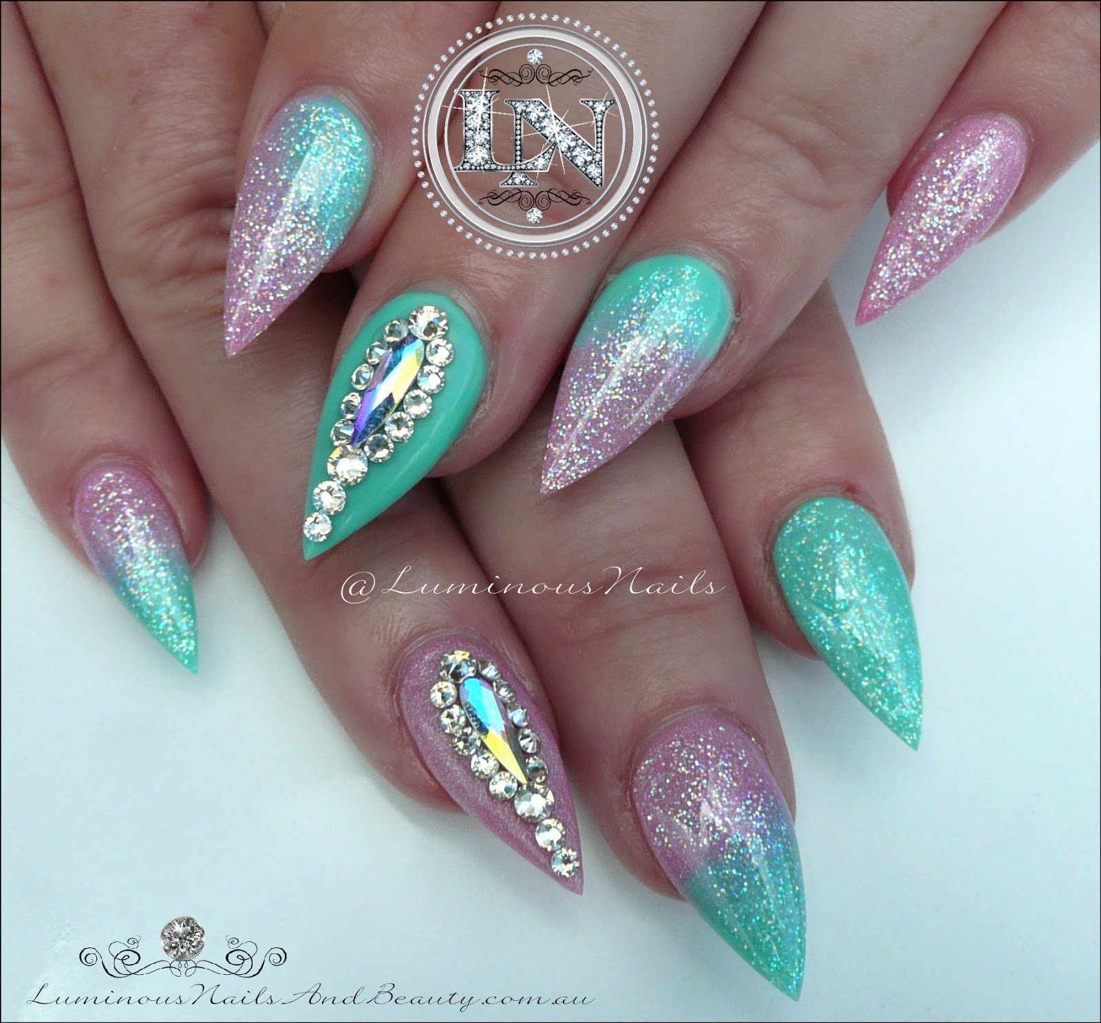 Luminous nails shimmery pink mint green acrylic nails shimmery pink mint green acrylic nailsspired by margaritasnailz prinsesfo Gallery