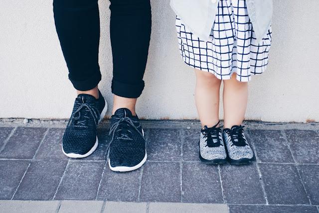 Mom Life, C U R R E N T L Y || 10 Mom + Mini Date Ideas ft. Skechers