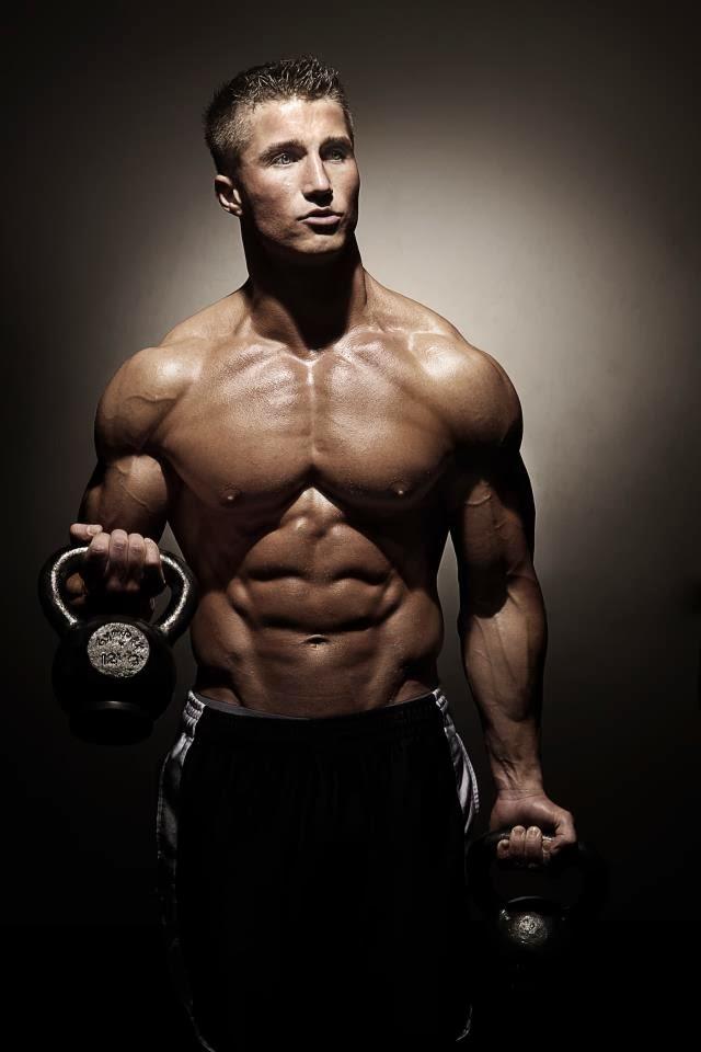 Josh Broadhurst Posing his amazing physique #bodybuilding